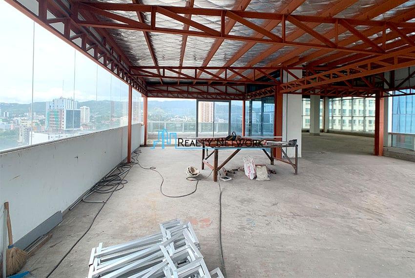 bare-office-space-near-ayala-cebu-business-park-for-rent