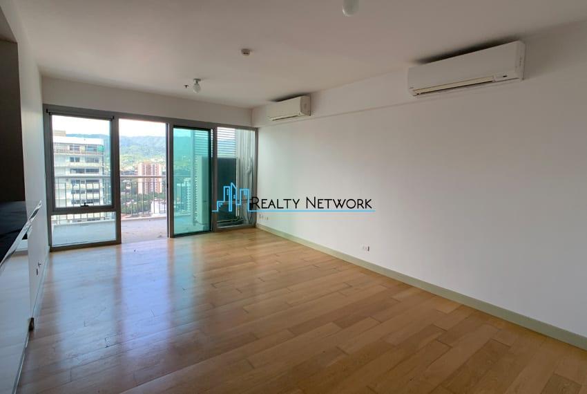 high-floor-2-bedroom-parkpoint-for-sale-living
