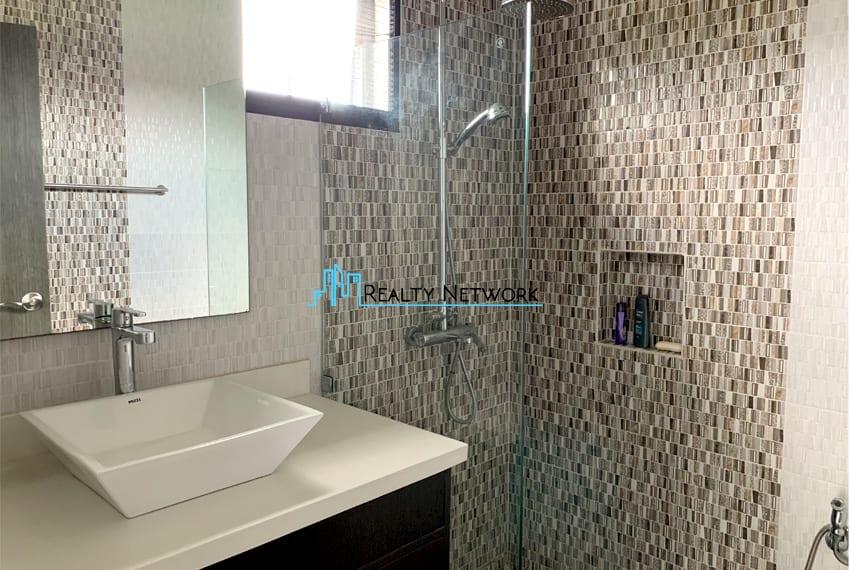 seafront-house-for-sale-in-cebu-shower-sink-for-men