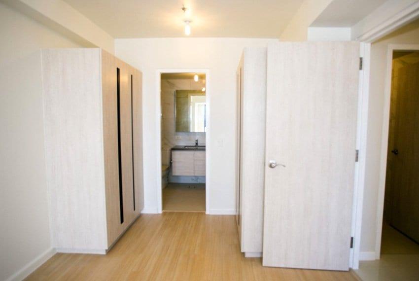 resale-3-bedroom-in-mandani-bay-suites-corner-unit-insideroom-view