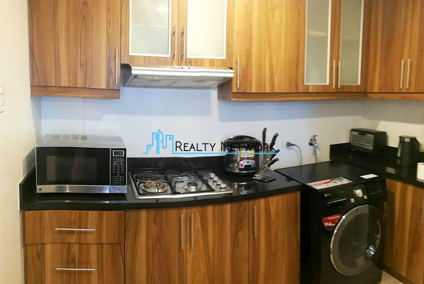 2-bedroom-for-rent-in-marco-polo-cebu-kitchen-cebu