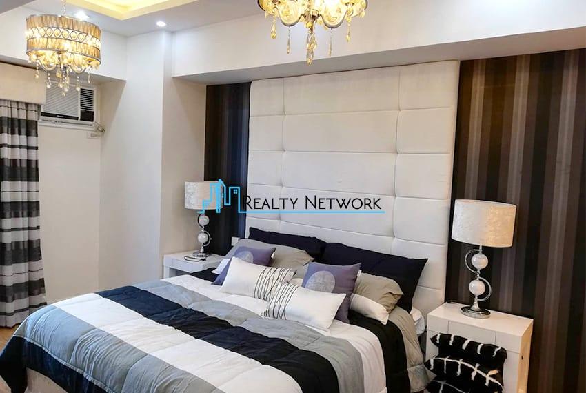 2-bedroom-for-rent-in-marco-polo-cebu-master-bedroom-cebu