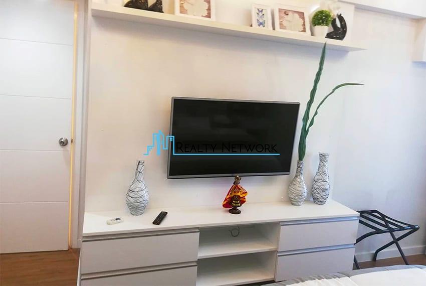 2-bedroom-for-rent-in-marco-polo-cebu-master-tv-cebu