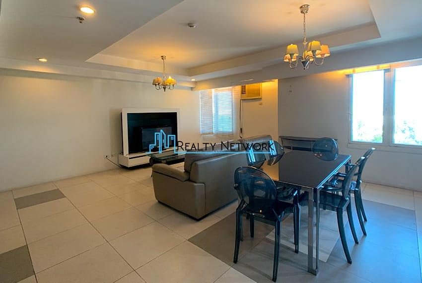 3-bedroom-in-park-tower-2-cebu-business-park-dining