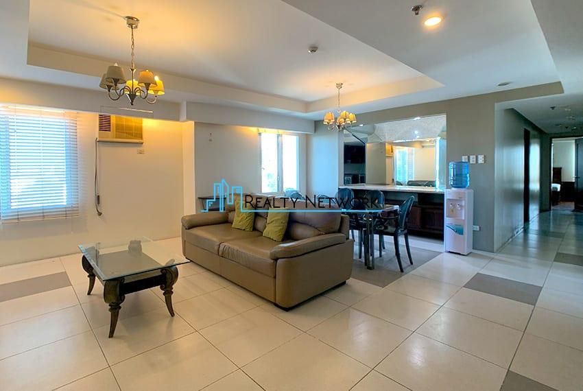 3-bedroom-in-park-tower-2-cebu-business-park-living-room