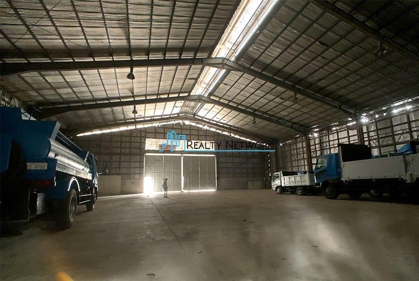 warehouse-for-rent-in-canduman-mandaue-city-back-view