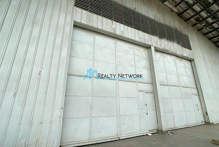 warehouse-for-rent-in-canduman-mandaue-city-big-gate