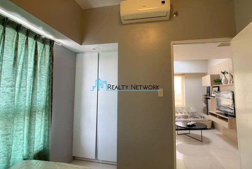 2-bedroom-calyx-it-park-2nd-bedroom-cabinet
