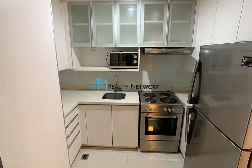 2-bedroom-calyx-it-park-kitchen