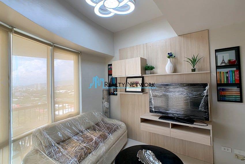 2-bedroom-calyx-it-park-tv-sofa