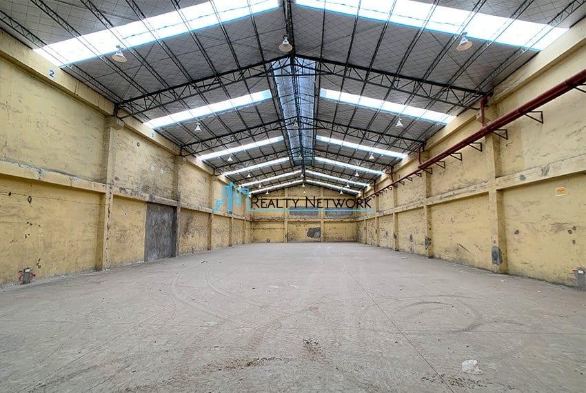 630-sqm-warehouse-in-subangdaku-for-rent-center