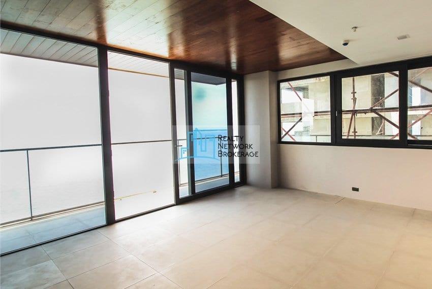 1-bedroom-for-sale-in-the-reef-mactan-sea-view
