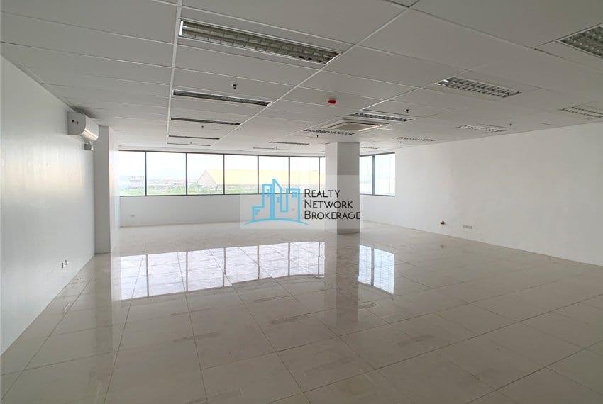 finished-office-rent-in-mandaue-city-floor-1