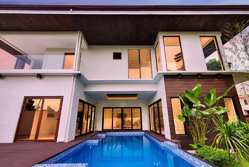 house-for-sale-in-mactan-lapu-lapu-city-pool-view