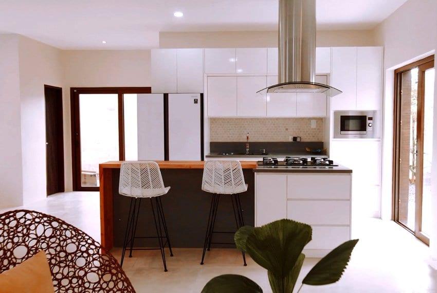 three-storey-luxury-house-for-sale-kitchen