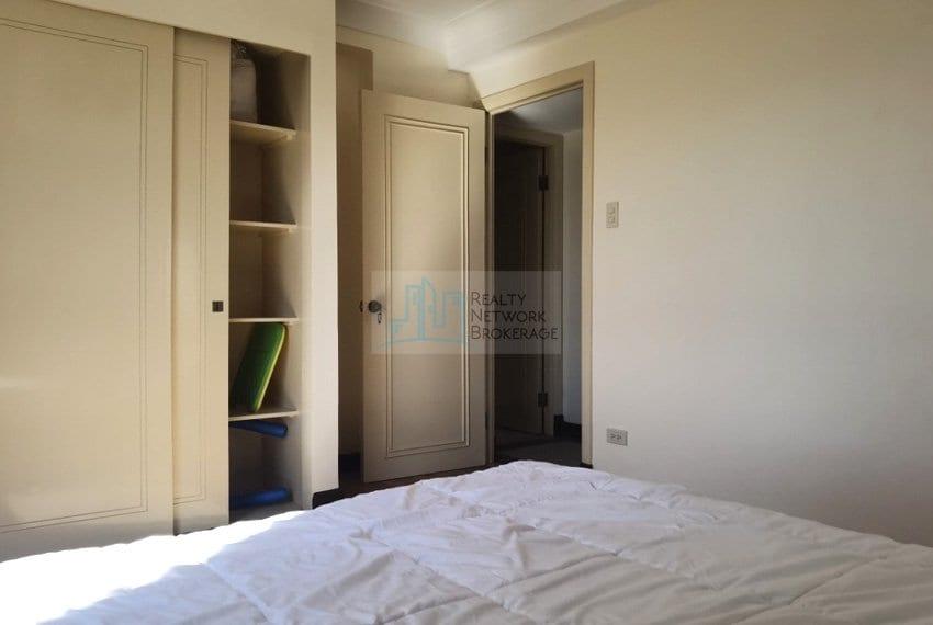 3-bedroom-for-sale-in-movenpick-mactan-inside-bed