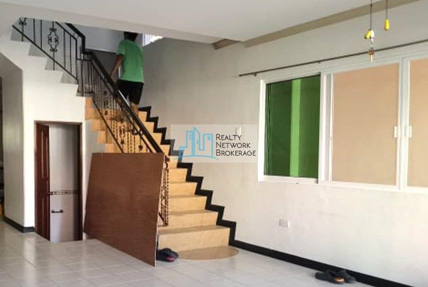 casals-village-cebu-house-for-rent-stairway-2