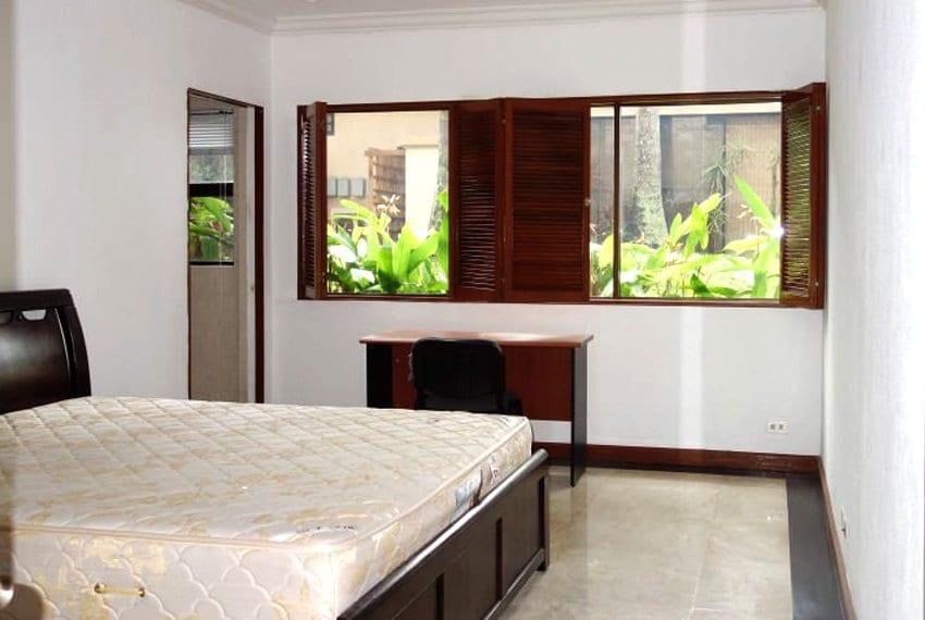 coralpoint-gardens-resort-unit-for-sale-bedroom