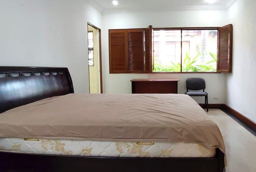 coralpoint-gardens-resort-unit-for-sale-masters-bedroom