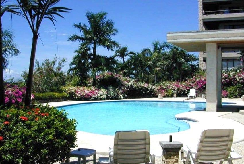 coralpoint-gardens-resort-unit-for-sale-swimming-pool