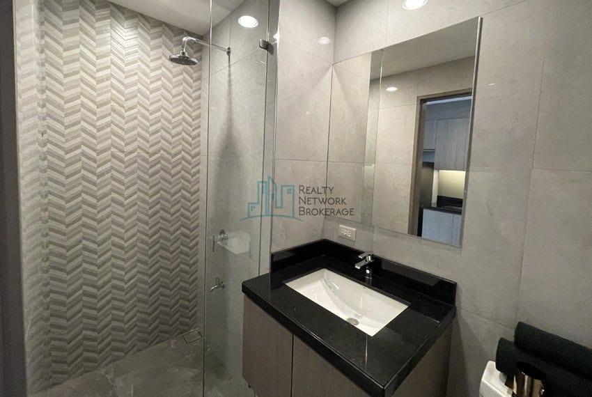 mandani-bay-quay-studio-unit-for-sale-bathroom-area