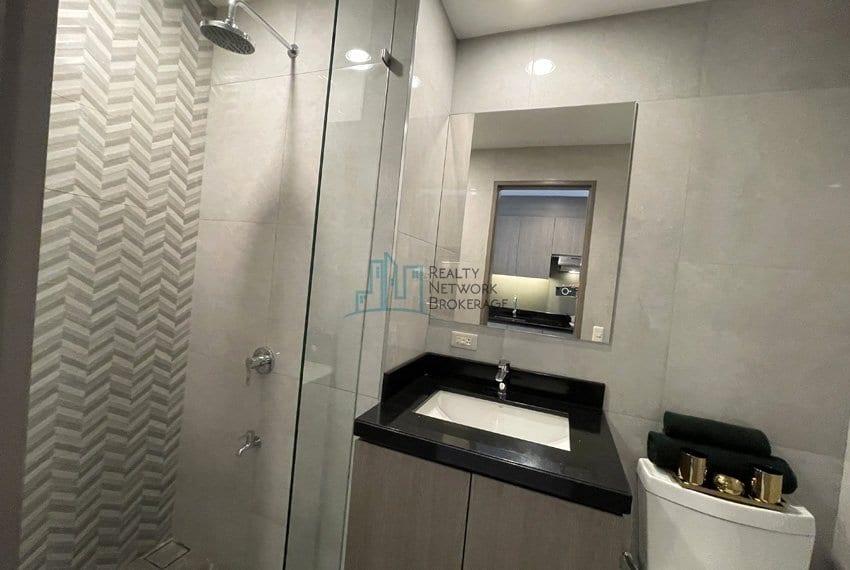 mandani-bay-quay-studio-unit-for-sale-bathroom