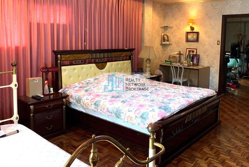 sto-nino-village-house-for-sale-in-banilad-bedroom-2