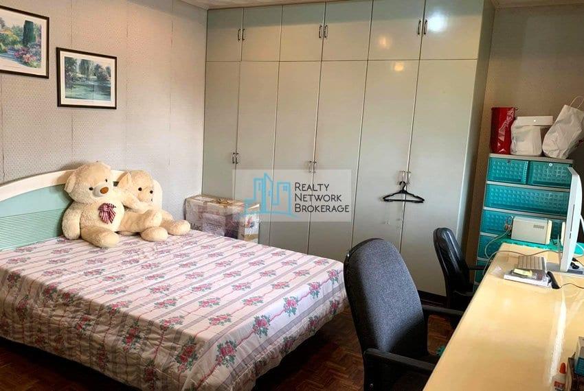 sto-nino-village-house-for-sale-in-banilad-bedroom-5
