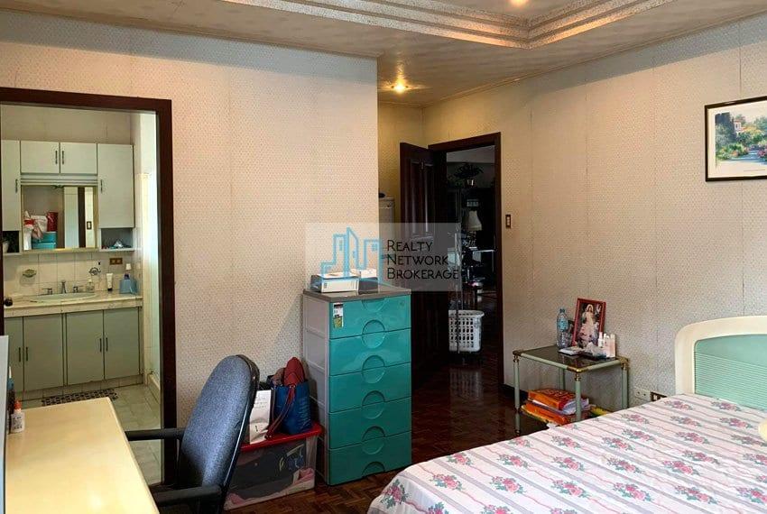 sto-nino-village-house-for-sale-in-banilad-bedroom-6