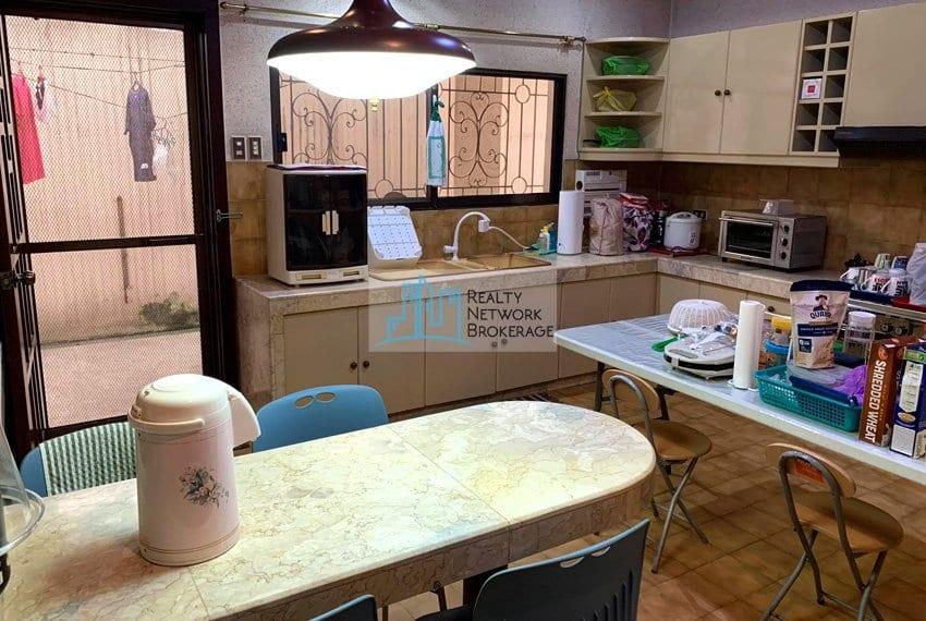 sto-nino-village-house-for-sale-in-banilad-kitchen