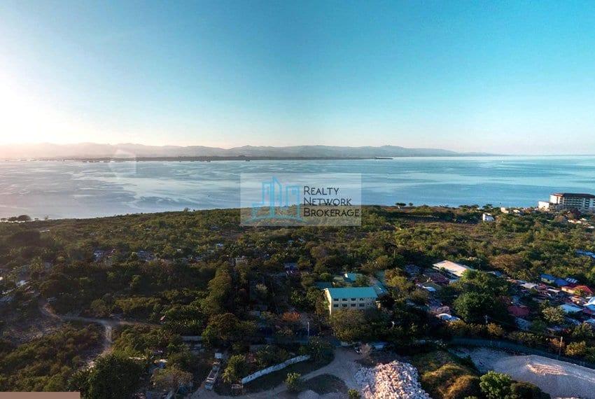 the-villas-unit-for-sale-in-aruga-seaview-2