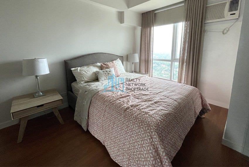 2-bedroom-for-sale-in-marco-polo-cebu-bedroom