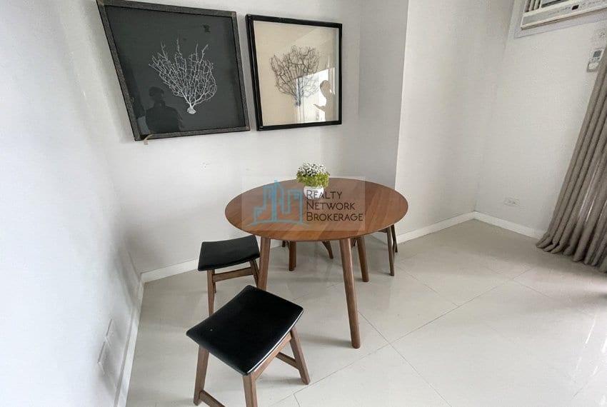 2-bedroom-for-sale-in-marco-polo-cebu-sala-set