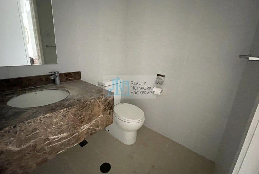 2-bedroom-for-sale-in-marco-polo-cebu-toilet