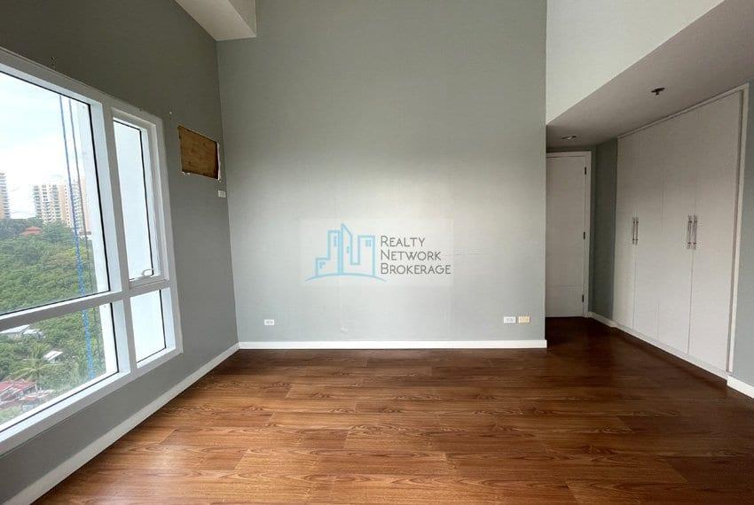 2-bedroom-in-marco-polo-cebu-for-sale-bare-unit