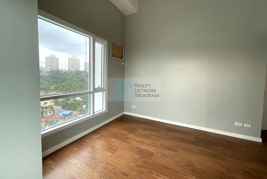 2-bedroom-in-marco-polo-cebu-for-sale-window-view