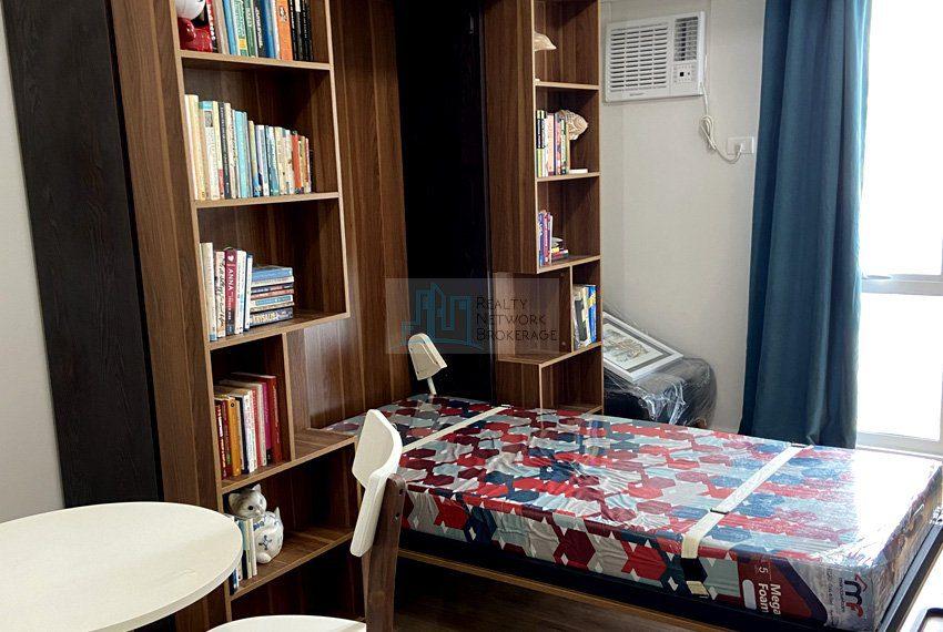 for-rent-solinea-studio-unit-in-cebu-business-park-bedroom