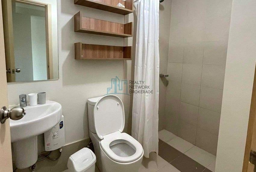 solinea-studio-unit-for-rent-in-cebu-business-park-showeroom