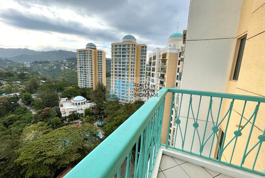 unit-for-sale-in-city-lights-garden-balcony