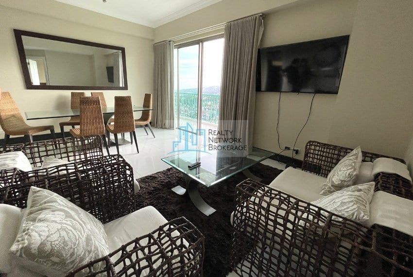 unit-for-sale-in-city-lights-garden-family-room