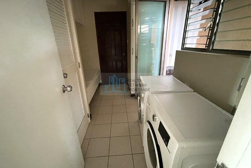 unit-for-sale-in-city-lights-garden-wash-room