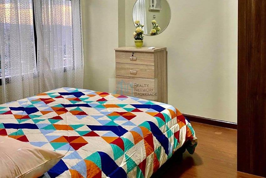 1-bedroom-azalea-place-for-sale-bedinside