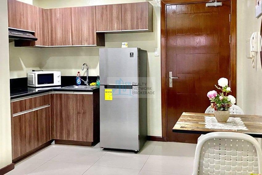 1-bedroom-azalea-place-for-sale-sala-dining-area