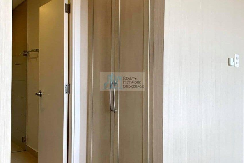 2-bedroom-rfo-for-sale-in-32-sanson-cebu-outside-comfort-room