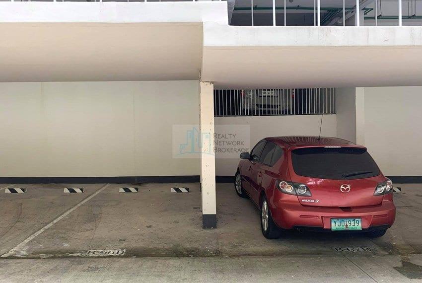 2-bedroom-rfo-for-sale-in-32-sanson-cebu-outside-park
