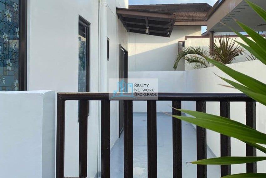 astele-homes-for-sale-in-mactan-entrance-outside