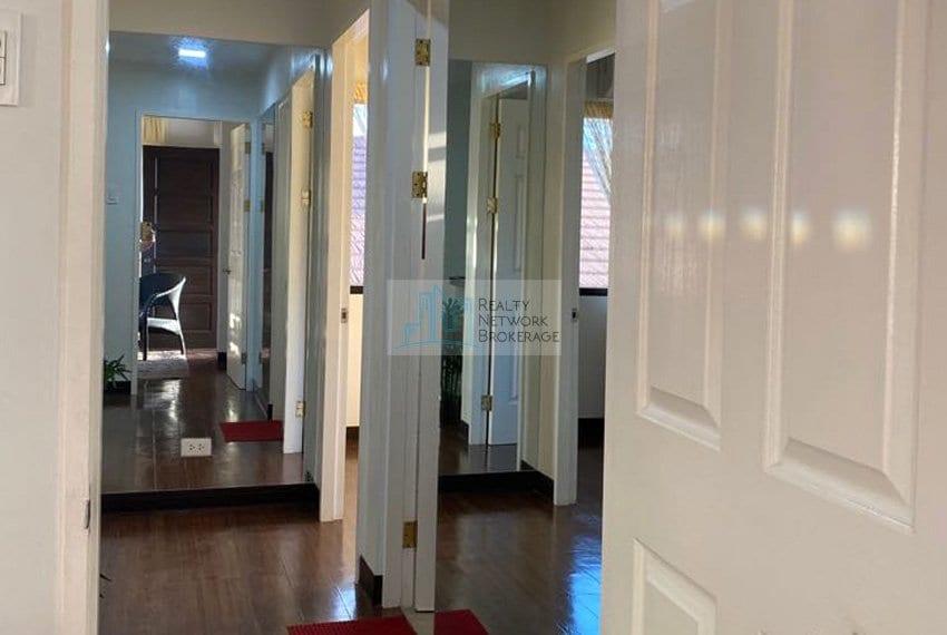 astele-homes-for-sale-in-mactan-hallway