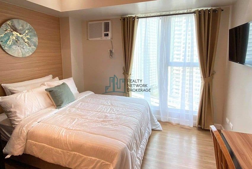 solinea-tower-3-studio-unit-for-sale-bedroom
