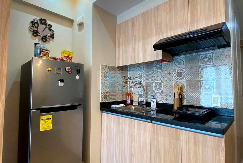 solinea-tower-3-studio-unit-for-sale-kitchen-v2