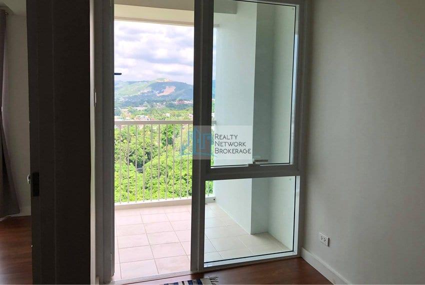 1-bedroom-marco-polo-tower-3-balcony